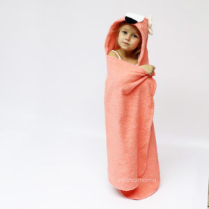МАХРОВОЕ ДЕТСКОЕ полотенце с капюшоном с ушками с мордочкой фламинго