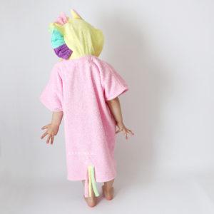 детское махровое пончо с цветной гривой единорог