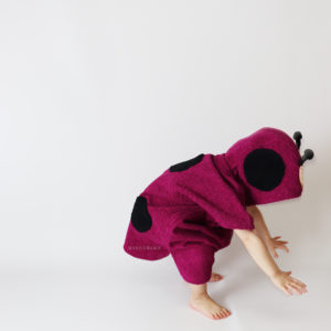 махровое детское пончо с капюшоном божья коровка