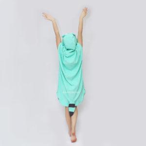 махровое женское пончо с капюшоном мятный енот