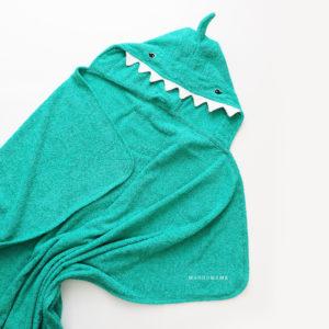 махровое полотенце с капюшоном уголком акула